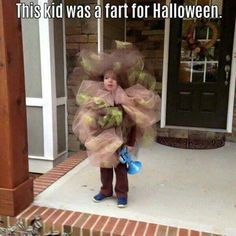DIY Fart Halloween Costume for Kids...these are the BEST Homemade Costume Ideas for Babies & Kids! Diy Halloween Costumes For Girls, Funny Kid Costumes, Toddler Girl Halloween, Family Costumes, Halloween Kids, Mummy Costumes, Fart Costume, Homemade Costumes, Costume Ideas