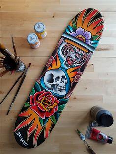 Acrylic on skate deck, entirely hand painted. One of a kind. Design by Samuele Briganti Acrilico su tavola da skate, completamente dipinta a mano,. Painted Skateboard, Skateboard Deck Art, Skateboard Design, Old School Skateboards, Custom Skateboards, Cool Skateboards, Surfboard Drawing, Traditional Ink, Sound Art