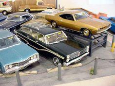 Used car model kit diorama.