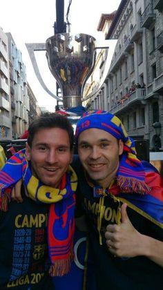 Messi and Iniesta. Ah, I <3 Barcelona!!