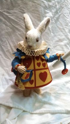 """R John Wright's """"The White Rabbit"""" """"Queen's Court"""" #RJohnWright"""