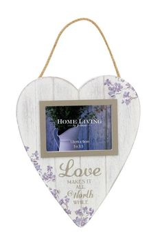 """Vintage Love Photo Frame Antique Design Heart Shaped 5"""" x 3.5""""  Features a lovely vintage design. Comes with a rope making it easy to hang. Suitable for one 5"""" x 3.5"""" photo Measures H:26 W:22 D:1 cm"""