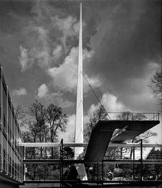 Ubicación: Bruxelas, Bélgica Arquitecto: Egon Eiermann Obra: Pabellón Alemán Año construcción: 1958 Detalle cubierta...