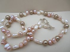 Rose Quartz Pearl Necklace Beadwork Gemstone by KBrownJewellery, £37.00 http:www.facebook.com/kbrownjewellery I love pearls