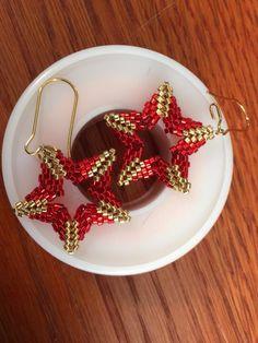 Star Earrings pattern by Seed Bead Bliss