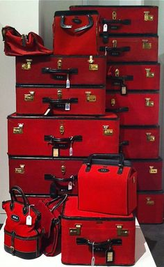 Brooke Astor's Luggage Set ~<3~
