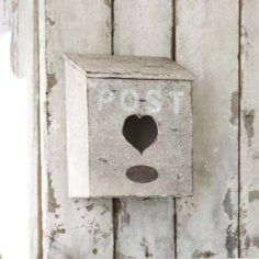vintage mailbox Old Mailbox, Vintage Mailbox, Mailbox Post, Home Mailboxes, Really Cool Photos, Shops, Post Box, Sweet Messages, Vintage Lettering