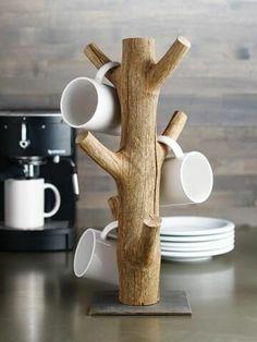 Diy Wood Projects, Wood Crafts, Woodworking Projects, Woodworking Basics, Coffee Mug Holder, Coffee Mugs, Espresso Coffee, Diy Becher, Mug Tree