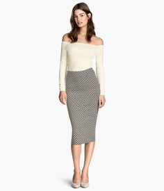 H&M US Pencil skirt----- love this skirt! wonder how long it would actually be on me though.