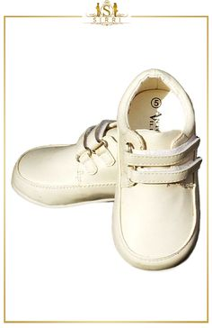 ANTONIO VILLINI BABY BOYS DOUBLE VELCRO FORMAL SHOES IN CREAM. Shop now at SIRRI kids #shoes for boys ideal for #wedding #communion online...Elegant fashion for children and men. #fashion #shopping