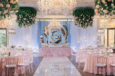 ideas para bodas de primavera con decoración en rosa