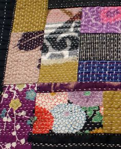 TREASURY ITEM / quilt, table mat,  handsewn , with vintage japanese fabrics