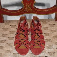 Wait and See - Bespoke Wait and See lace-up flat suede sandals