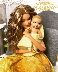 Have you ever had a smell bring you right back to a moment in time that's long gone? I've been melancholy lately about how quickly my baby… Barbie Kids, Baby Barbie, Barbie Family, Doll Clothes Barbie, Barbie Dress, Barbie Stuff, Barbie Fashionista Dolls, Barbie Model, Barbie Accessories