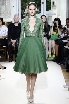 Georges Hobeika Fall Couture 2012. Hmm, lengthen skirt, less volume, cream. Cream underlay top