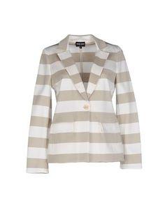 GIORGIO ARMANI Blazer. #giorgioarmani #cloth #dress #top #skirt #pant #coat #jacket #jecket #beachwear #