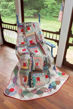 'Second Time Around' Quilt - unusual border and I love those red circles in the corners. Keepsake Quilting, Hand Quilting, Quilting Tutorials, Quilting Projects, History Of Quilting, Quilt Border, Log Cabin Quilts, Crochet Quilt, Shirt Quilt