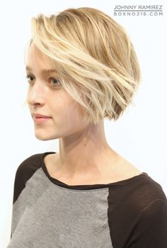 Adorable bob- great goal for growing out a pixie!!
