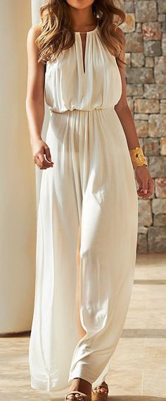 Cream Loose Jumpsuit # Trends Of Summer Apparel Loose Jumpsuit Cream Jumpsuit Must-Have Jumpsuit 2015 Jumpsuit Where To Get Jumpsuit How To Style Fashion Mode, Look Fashion, Womens Fashion, Girl Fashion, Fashion 2015, Trendy Fashion, Beach Fashion, Lifestyle Fashion, Modern Fashion