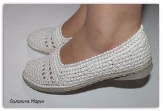 ФАБРИКА - вязание обуви. — НЕ БОЛЕЕ 2-х фото! Похвастушки (общий) ТОЛЬКО ОБУВЬ! Если выставляете больше , то удаляем все. | OK.RU Crochet Sandals, Crochet Shoes, Basic Crochet Stitches, Crochet Patterns, Crochet Flip Flops, Shoe Refashion, Spring Boots, Knitted Slippers, Flip Flop Shoes