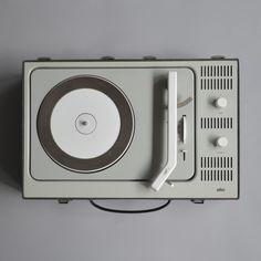 Dieter Rams, Braun portable record player PCV4, 1961