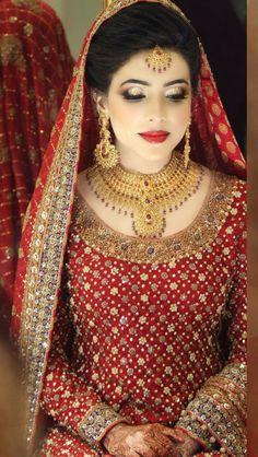 Pakistani bride in Bunto Kazmi Pakistani Bridal Makeup, Pakistani Wedding Dresses, Bridal Lehenga, Asian Wedding Dress, Asian Bridal, Bridal Looks, Bridal Style, Mode Hijab, Glamour