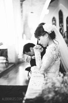 fotografia do casamento de Tatiana Nelsen e Alexandre Magalhães cerimônia na Catedral Anglicana e festa no Afrikan House Lounge