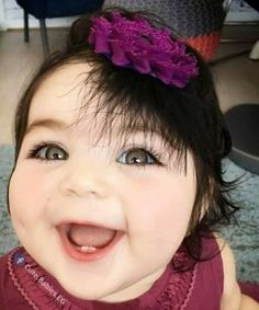 I wonder if you want baby tips? For detailed info read the whole post! Beautiful Smile, Beautiful Children, Beautiful Babies, Cute Baby Girl Images, Cute Baby Pictures, Cute Little Baby, Baby Love, Cute Kids, Cute Babies