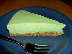 Waldmeister - Creme - Kuchen (Rezept mit Bild) von melfi | Chefkoch.de