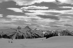 Mazama Ridge, Mt Rainier snowshoe