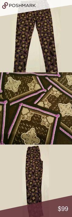 LULAROE Leggings Magic Carpet Print Tall & Curvy LULAROE Women's Leggings Magic Carpet Print Tall & Curvy Unicorns LuLaRoe Pants Leggings