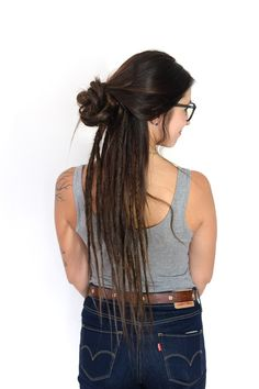 30 Creative Dreadlock Styles for Girls and Women half+updo+with+half+dreads - Farbige Haare Half Dreads, Loose Dreads, Partial Dreads, Dreadlock Hairstyles, Loose Hairstyles, Braided Hairstyles, Evening Hairstyles, Dreads Styles For Women, Long Hair Styles