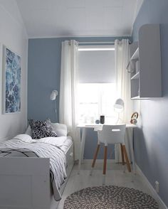 14 Trendy Bedroom Design and Decor Ideas for Your Next Makeover - The Trending House Tiny Bedroom Design, Small Space Bedroom, Home Room Design, Modern Bedroom, Contemporary Bedroom, Trendy Bedroom, Interior Design Small Bedroom, Bedroom Ideas For Small Rooms, Very Small Bedroom