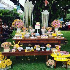 Decoração linda para festa no jardim, adorei! Tema Sunshine por @imaginaridecor ☀️ #kikidsparty