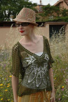 Lace.. summer top CROCHET/TRICOT INSPIRATION: http://pinterest.com/gigibrazil/crochet-summer/