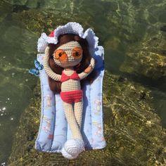 Patrón de muñeca Amigurumi crochet de dificultad alta, hecha con ovillos de Cotton Nature 3.5 de Hilaturas LM, y con complementos!!