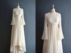 Mina / 70s wedding dress / 1970s wedding dress by BreanneFaouzi