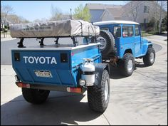 Have you run a hot lead from the Toyota to the trailer pig tail to trickle charge the batteries on the run? Off Road Tent Trailer, Bug Out Trailer, Trailer Build, Expedition Trailer, Overland Trailer, Toyota Fj40, Toyota Trucks, Chevy Trucks, Truck Tent