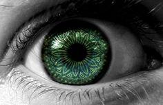 Eye design by *Jenya88