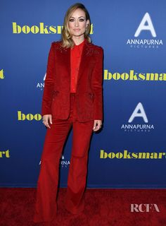 Olivia Wilde's Statement Scarlet Suit For The 'Booksmart' LA Screening - Red Carpet Fashion Awards Tomboy Fashion, Office Fashion, Tomboy Style, Fashion Fashion, Fashion Trends, Olivia Wilde, 70s Inspired Fashion, Red Carpet Event, Red Carpet Looks