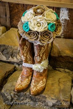 Burlap Bouquet for a Western Wedding!