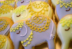Google Image Result for http://weddings.divanee.com/files/2012/04/mehndi-indian-wedding-elephant-cookies.jpg