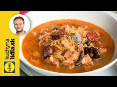 Vianočná kapustnica 🎄| Marcel Ihnačák | Kuchyňa Lidla - YouTube Lidl, Marcel, Thai Red Curry, Cheeseburger Chowder, Soup, Yummy Food, Ethnic Recipes, Baking, Youtube