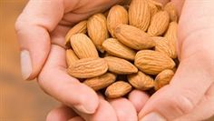 The Healthiest Nuts to Eat Snack Recipes, Snacks, Medicinal Plants, Good To Know, Good Food, Weight Loss, Healthy, Omega 3, Medicine