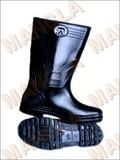 #SafetyShoes - Get information regarding safety shoes sellers and safety shoes manufacturers.