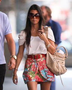 Kourtney Kardashian. Gold Presidential Rolex w/ pink face. Tom Ford sunglasses. Balenciaga City bag.