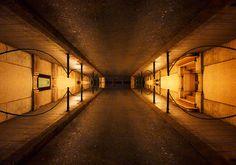 #reflection #mirror #street #corridor #urban #symmetry creation © Jonathan Stutz