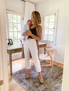9 Tips for Taking Care Of Yourself After Giving Birth - The Fox Stopping Breastfeeding, Mom Jeans Outfit, Baby Sleep Schedule, Sensory Boxes, Space Activities, Letter To Parents, After Giving Birth, Study History, Successful Women