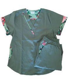 Cute Nursing Scrubs, Vet Scrubs, Nursing Clothes, Cute Medical Scrubs, Scrubs Outfit, Scrubs Uniform, Scrubs Pattern, Stylish Scrubs, Medical Uniforms