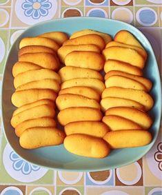 Secretos de Pastelero: Lenguas de gato Best Dinner Recipes, Popular Recipes, Sweet Recipes, Cake Recipes, Dessert Recipes, Desserts, Biscocho Recipe, Guatemalan Recipes, Biscuits